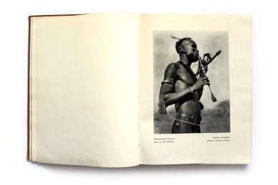 1930_Der_dunkle_erdteil_forweb003