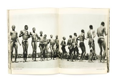 1950_Noire_d'ivoire_forweb015