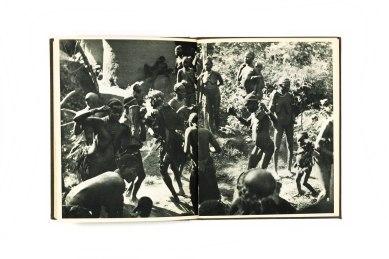 1955_Chez_les_negres_rouges_forweb014