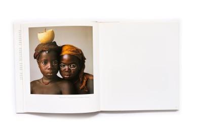 2005_Photographs_of_Dahomey_002