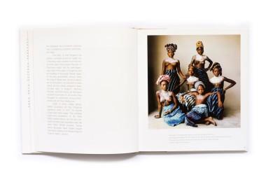 2005_Photographs_of_Dahomey_004