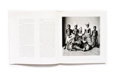 2005_Photographs_of_Dahomey_006