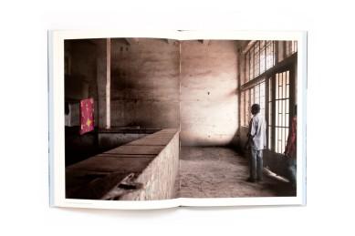 2008_Avenue_Patrice_Lumumba_008