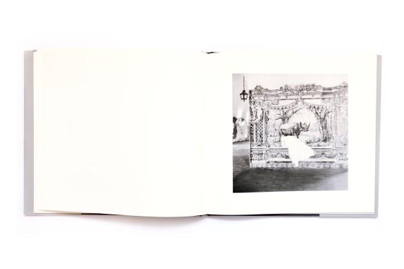 Title: Terreno Occupado Photographer(s):Jo Ractliffe Designer(s):Lunetta Barz Writer(s):Okwui Enwezor, David Goldblatt and Charles Skinner Publisher: Warren Siebrits, Johannesburg 2008 Pages: 100 Language: English ISBN: 978-0-620-42206-2 Dimensions: 28 x 29.5 cm Edition: 1000 Country: Angola