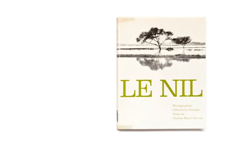 Title: Le Nil Photographer(s): Henriette Grindat Designer(s):  Writer(s): Charles-Henri Favrod Publisher: La Guilde du Livre, Lausanne 1960 Pages: 138 Language: French ISBN: - Dimensions: 22 x 28 cm Edition: 10.000 Country: Egypt, Sudan