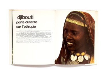 Title: Djibouti Photographer(s): Mr. Bourlon, Bernard Gérard and Xavier Richer Designer(s): - Writer(s): Mr. Plessis and A. Martineau Publisher: Editions Delroisse Pages: 128 Language: French ISBN: 2-85518-024-4 Dimensions: 26.5 x 21 cm Edition: – Country: Djibouti
