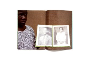 Title: Pose Ugandan images Photographer(s): Andrea Stultiens Designer(s): Andrea. Stultiens Writer(s): - Publisher: post editions, Rotterdam 2010 Pages: 56 Language: English ISBN: 978-94-6083-0303 Dimensions: 23.5 x 27 cm Edition: Country: Uganda