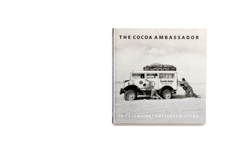 Title: The Cocoa Ambassador Photographer(s): Frits Lemaire Designer(s): Els Kerremans Writer(s): Ben Krewinkel (introduction) and Finette Lemaire Publisher: Finette Lemaire, Amsterdam 2008 Pages: 98 Language: English, Dutch ISBN: 978-90-79977 017 Dimensions: 22 x 22 cm Edition: - Country: Algeria, Niger, Nigeria, Benin and Ghana