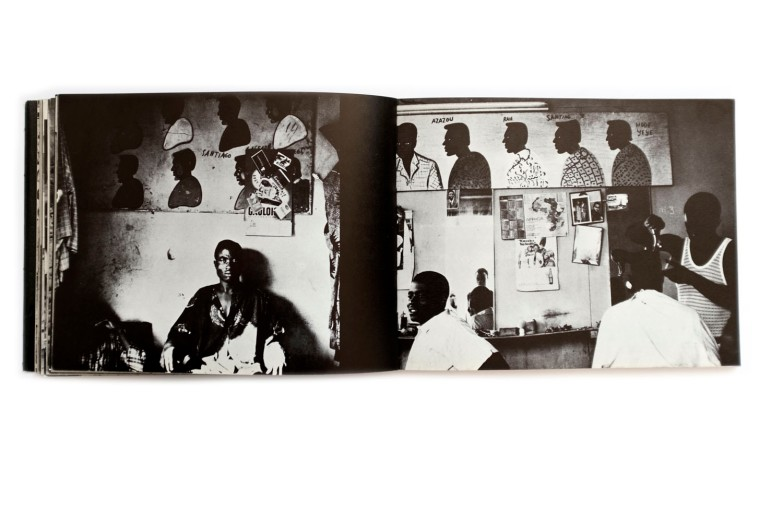 Title: Ici bon photo; les enseignes d'artisans en Côte d'Ivoire Photographer(s): Jacques Clauzel Designer(s): – Writer(s): Antoine Ferrari Publisher: Editions Serg, Ivry 1971 Pages: 200 pages Language: French and English ISBN: - Dimensions: 22.5 x 17.5 cm Edition: – Country: Ivory Coast