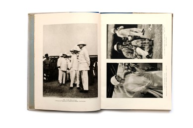 Title: Les Merveilles du Congo Belge Photographer(s): various Designer(s): - Writer(s): - Publisher: La Renaissance du Livre (?), Brussels 1930/34  Pages: 164 Language: French ISBN: - Dimensions: 24 x 31 cm Edition: Country: Belgian Congo