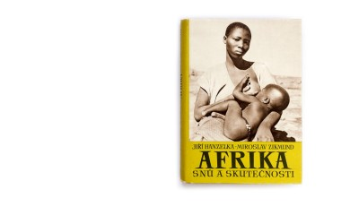 Title: Afrika snů a skutečnosti (Africa of dreams and reality) Photographer(s): Jiří Hanzelka and Miroslav Zikmund Designer(s): Václav Rein Writer(s): Jiří Hanzelka and Miroslav Zikmund Publisher: Naše vojsko, Prague 1957 Pages: 252 text pages and plates separated. Language: Czech ISBN: – Dimensions: 17 x 23.5 cm Edition: This edition is from 1957, although the first edition is from 1952/54. The trilogy was also published in German under the title Afrika, Traum und Wirklichkeit. Country: Various countries