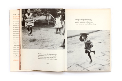 Title: Playtime in Africa Photographer(s): Willis E. Bell Designer(s): the authors Writer(s): Efua Sutherland Publisher: Atheneum, New York 1962 Pages: 64 Language: English ISBN: – Dimensions: 18 x 23.5 cm Edition: – Country: Ghana The American edition was first published in January 1962. This copy is the seventh printing from July 1969