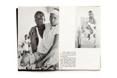 Title: Frelimo and the People Photographer(s): unknown Designer(s): –  Writer(s): – Publisher: Tempografica SARL, Lourenço Marques (Maputo) 1973 Pages: 32 Language: English ISBN: - Dimensions: 13 x 20 cm Edition: Country: Mozambique