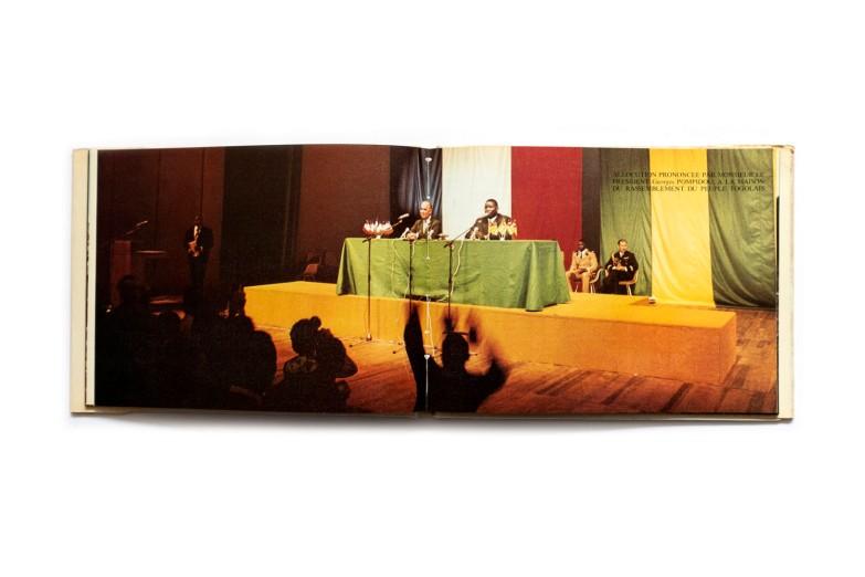 Title: Premier voyage d'un président de la République Française au Togo Photographer(s): Réne Moser Writer(s): - Designer(s):Alain Giampaoli Publisher: Editions Delroisse, Boulogne 1972 Pages: 96 Language:French ISBN: - Dimensions:23 x 17.5 x 30 cm Edition: Réalisé pour le compte de laPrésidencede la République du Togo Country:Togo