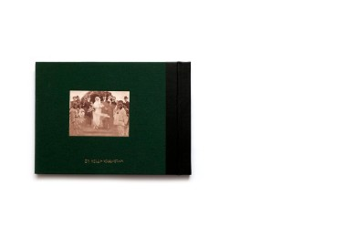 Title: In waiting for what is to come Photographer(s): Helga Härenstam Writer(s): Helga Härenstam Designer(s): Helga Härenstam Edit: Gösta Flemming Publisher: Journal, Stockholm 2018 Pages: 70 text pages, 170 photographic plates Language: English ISBN: 978-91-87939-28-0 Dimensions: 28.5 x 20.5 cm Edition: 450 Country: Rhodesia, Zimbabwe