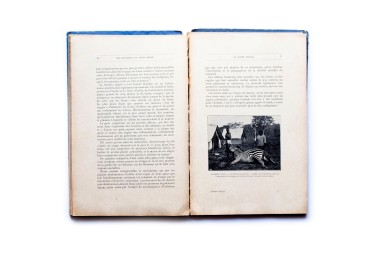 Title: Une excursion au Congo Photographer(s): Various photographers Designer(s): - Writer(s): A. -J. Wauters Publisher: E. Colmart, Mons 1911 Pages: 132 Language: French ISBN:  Edition: Dimensions: 18 x 28.5 cm Country: Belgian Congo