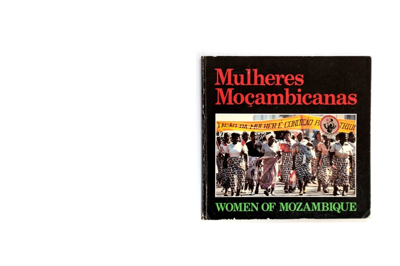 Title: Mulheres Moçambicanas Photographer(s): Chantal Sarrazin and Ragnar Hansen Designer(s): Ragnar Hansen and Elmer Rodìn Writer(s): Ole Gjerstad (Interviews) Publisher: OMM (Organização da Mulher Moçambicana) Maputo (?) 1983 (?) Pages: 120 Language: Portuguese and English ISBN: Edition: Dimensions: 21 x 20.5 cm Country: Mozambique