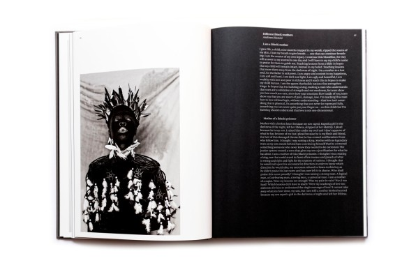 Title: Somnyama Ngonyama, Hail the Dark Lioness Photographer(s): Zanele Muholi Designer: Duncan Whyte Writer(s): Renée Mussai, Unoma Azuah, Cheryl Clarke, Fariba Derakhshani, Sophie Hackett, M. Neelika Jayawardane, Mapula Lehong, Sindiwe Magona, Napo Masheane, Hlonipha Mokoena, Jackie Mondi, Deborah Willis, and Christie van Zyl Publisher: Aperture, New York 2018 Pages: 224, 100 tritone images Language: English ISBN: 9781597114240 Dimensions: 26,5 x 35,5 cm Edition: - Country: South Africa