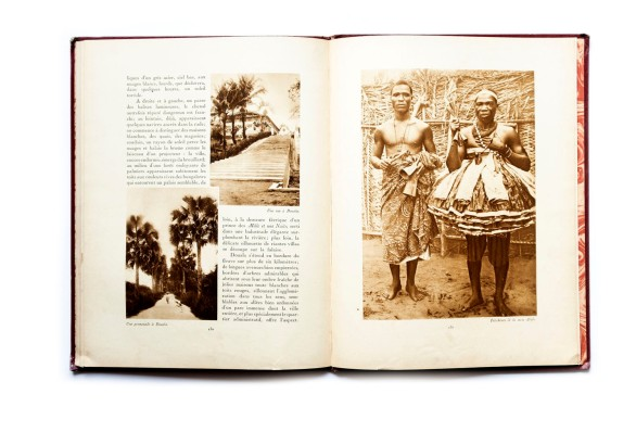 Title: La France Lontain. Afrique Equatoriale Française, Côte Française des Somalis, Territoires Africains sous Mandat Photographer(s): Léon Truitard and others Designer(s): Writer(s): P. Bourdarie, Jean D'Esme and Léon Truitard Publisher: Horizons de France. Paris 1930 Pages: 76, stated 65-140 Language: French ISBN:  Edition: This is volume 16 in a series of books 'Le Visage de la France' about the country and its colonies. Some of those volumes (maybe all of them) were published earlier in a magazine format. Dimensions: 24.5 x 33 cm Country: Various countries