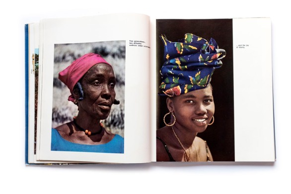 Title: Guinea and its people Photographer(s): unknown Designer(s): unknown Writer(s): Essay by president Sékou Touré Publisher: The Office of the Secretary of State for Information and Tourism. Conakry 1965 Pages: 200 Language: English ISBN: – Edition: – Dimensions: 23.5 x 27 cm Country: Guinea