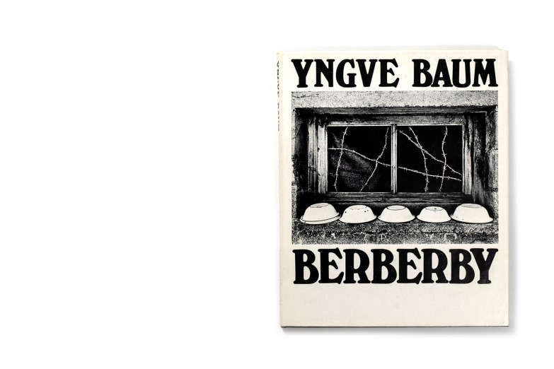 Title: Berberby Photographer(s): Yngve Baum Designer(s): Jan Olsheden (?) Writer(s): Artur Lundkvist Publisher: P.A. Norstedts & Söners förlag, Stockholm 1967 Pages: 128 Language: Swedish ISBN: – Edition: – Dimensions: 20.5 x 24.5 cm Country: Algeria