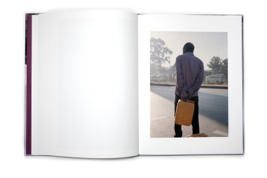 Title: Ethiopia Photographer(s): Osma Harvilahti Designer(s): x Writer(s): x Publisher: x Pages: x Language: x ISBN: x Edition: – Dimensions: 16.5 x 22 cm Country: Ethiopia