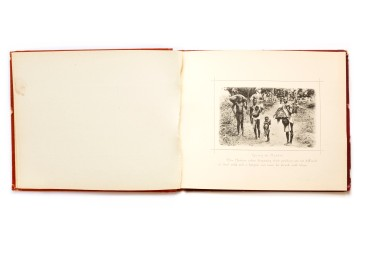 Title: South African Natives. Their home and customs Photographer(s): unknown Designer(s): unknown Writer(s): unknown Publisher: Sallo Epstein & Co, n.d. (probably around 1900) Pages: 12 plates Language: English ISBN: – Dimensions: 16x13 cm Edition: – Country: South Africa