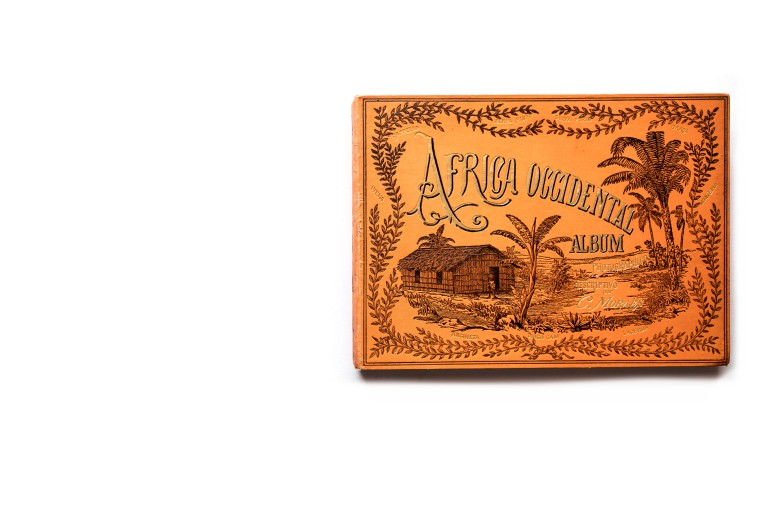 Title: Africa Occidental – Album Photográphico e Descriptivo. Terceira parte Photographer(s): José Augusto da Cunha Moraes (1855-1933) Designer(s): most probably David Corazzi Writer(s): José Augusto da Cunha Moraes Publisher: David Corazzi, Lisbon 1887 Pages: text pages with 40 collotypes Language: Portuguese ISBN: – Dimensions: 29.5 x 21 cm Edition: ? Country: Angola