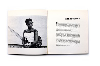 Title: African. A photographic essay on black women of Ghana & Nigeria Photographer(s): Joseph Franklin Designer(s): Colleen Redpath Writer(s): Joseph Franklin Publisher: Wallingford books, Sebastopol, 1977 Pages: 138 pp Language: English ISBN: 77-081456 (Library of Congress card number) Dimensions: 21.5 x 23.5 cm Edition: - Country: Ghana Title: African. A photographic essay on black women of Ghana & Nigeria Photographer(s): Joseph Franklin Designer(s): Colleen Redpath Writer(s): Joseph Franklin Publisher: Wallingford books, Sebastopol, 1977 Pages: 138 pp Language: English ISBN: 77-081456 (Library of Congress card number) Dimensions: 21.5 x 23.5 cm Edition: - Country: Ghana and Nigeriaand Nigeria
