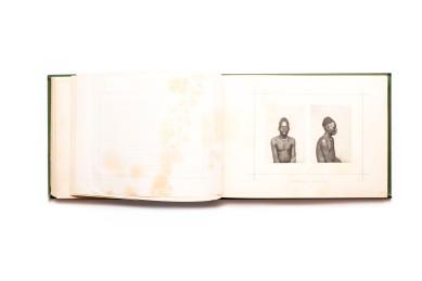 Title: Africa Occidental – Album Photográphico e Descriptivo. Quarto parte Photographer(s):José Augusto da Cunha Moraes (1855-1933) Designer(s): most probably David Corazzi Writer(s): José Augusto da Cunha Moraes Publisher: David Corazzi, Lisbon 1888 Pages:text pages with 40 collotypes Language:Portuguese ISBN: – Dimensions:29.5 x 21 cm Edition: ? Country:Angola