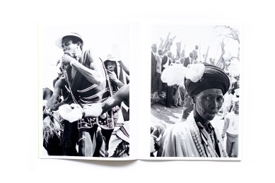 Title: Stories Photographer(s): Santu Mofokeng Designer(s): Santu Mofokeng, Lunetta Bartz, Joshua Chuang (also book concept) and Gerhard Steidl Writer(s): Santu Mofokeng Publisher: Steidl, Göttingen 2019 Pages: 1046, 551 images Language: English ISBN: 978-3-95829-515-5 Dimensions: 24 x 32 cm Edition:Limited edition of 1,000 boxed sets Country: South Africa