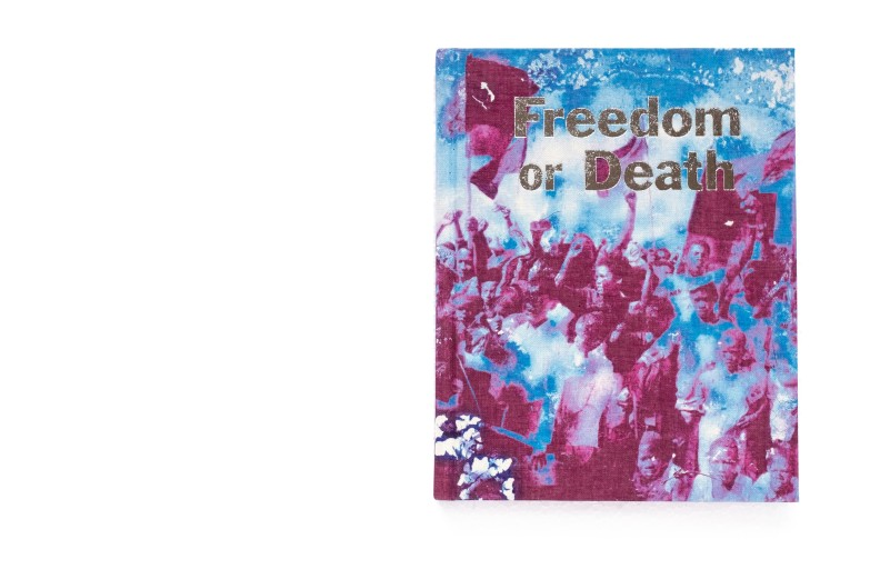 Title: Freedom or Death Photographer(s): Gideon Mendel Collaborating Artist: Marcelo Brodsky Designer(s): GOST; Katie Clifford, Gemma Gerhard, Justine Tucker, Allon Kaye, Eleanor Macnair, Claudia Paladini and Ana Rocha Writer(s): Farieda Nazier and Denis Hirson Publisher: GOST, London 2019 Pages: 176 Language: English ISBN: Dimensions: 21,7 x 17 cm Edition:  Country: South Africa