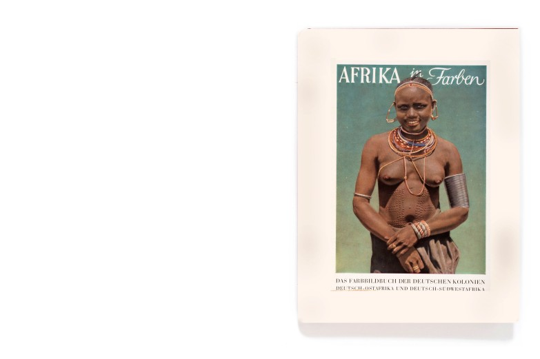 Title: Afrika in Farben Photographer(s): Erna Blenck, Helmut Blenck, Gernot Bertold and Dr. Sickmüller Designer(s): Erich Doms Writer(s): Erna Blunck Publisher: Fichte- Verlag München / Verlag für Koloniales Schrifttum Pages: 76 textpages and 120 color photographs Language: German ISBN: - Dimensions: 25,5 x 18,5 cm Edition: - Country: Various countriesTitle: Afrika in Farben Photographer(s): Erna Blenck, Helmut Blenck, Gernot Bertold and Dr. Sickmüller Designer(s): Erich Doms Writer(s): Erna Blunck Publisher: Fichte- Verlag München / Verlag für Koloniales Schrifttum Pages: 76 textpages and 120 color photographs Language: German ISBN: - Dimensions: 25,5 x 18,5 cm Edition: - Country: Various countries