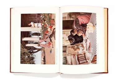 Title: Afrika in Farben Photographer(s): ErnaBlenck, Helmut Blenck, GernotBertold and Dr. Sickmüller Designer(s): Erich Doms Writer(s):Erna Blunck Publisher: Fichte- Verlag München / Verlag für Koloniales Schrifttum Pages:76 textpages and 120 color photographs Language:German ISBN: - Dimensions:25,5 x 18,5 cm Edition: - Country:Various countries