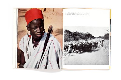 Title: Terre Dahoméenne Photographer(s): Louis Normand, Kid and René Corpel, Afrique-Photo, Philippe Billère and Du service Photographique du Ministère de l'information du Dahomey Designer(s): unknown Writer(s): unknown Publisher: Ministère de l'information, de la jeunesse et des sports, Paul Bory, Monaco 1970 (the book is not dated, though it definitely was published between 1965 and 1975) Pages: 180 pages Language: French ISBN: Dimensions: 24 x 32 cm Edition: Edition with slipcase. There exists another edition without slipcase, an alternative jacket and an altered lay-out. Country: Dahomey, Benin