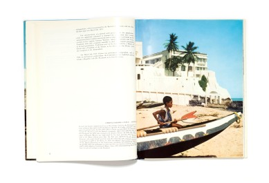Title: Ghana. Past & Present Photographer(s): Emerico Samassa Mayer and the Photographic Section of the Ministry of Information, Accra Designer(s): Nico van Klaveren Writer(s): Emerico Samassa Mayer Publisher: Editor Establishment Vandenberg Vaduz, The Hague 1967 Pages: 112 pp Language: English ISBN: Dimensions: 23,5 x 29,7 cm Edition: Country: Ghana